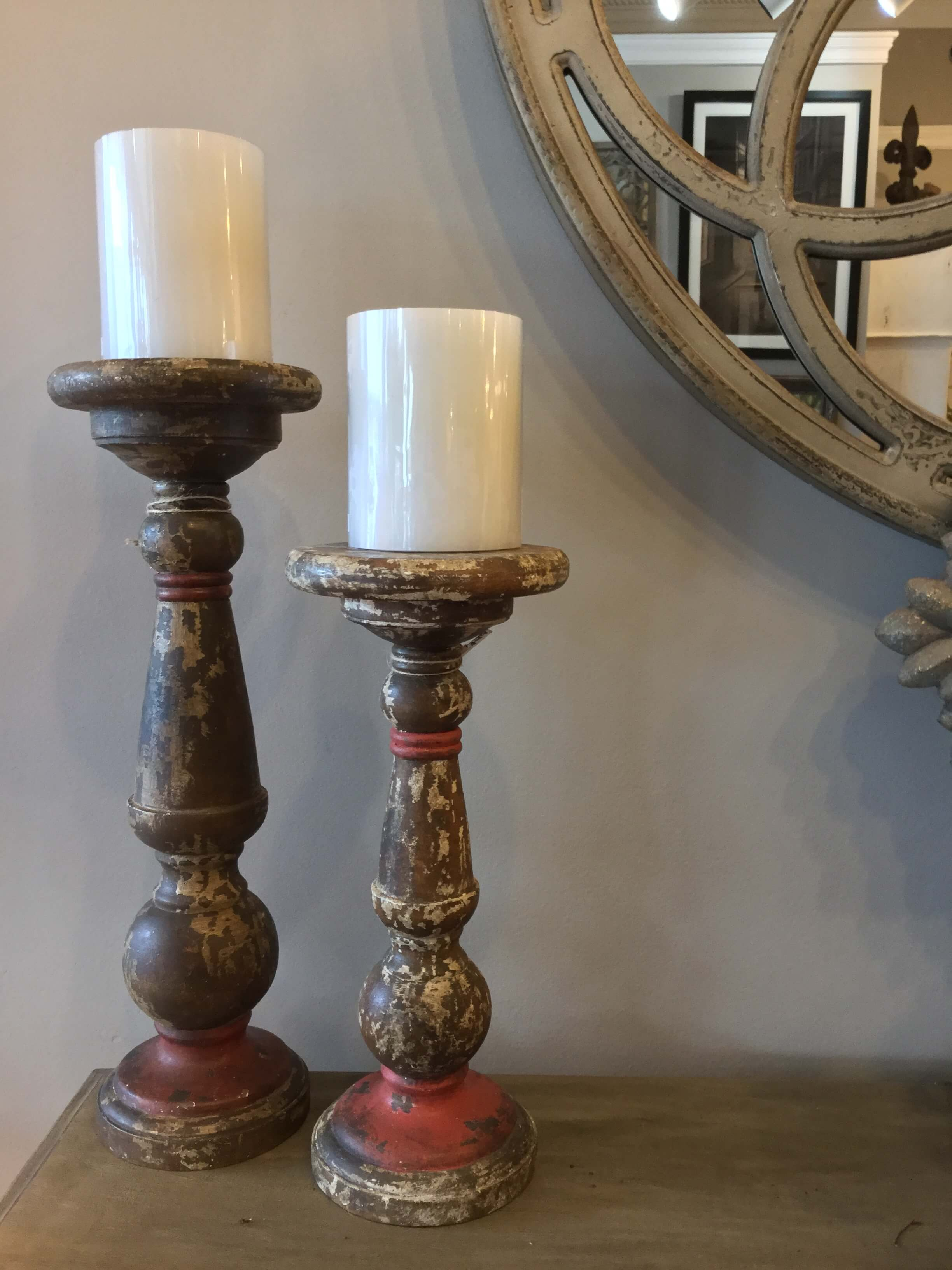 Distressed Wooden Candle Holder Ps Flowers And Interiors
